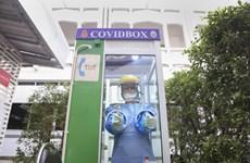 Thái Lan phát triển hộp COVID bảo vệ nhân viên y tế khi lấy mẫu dịch