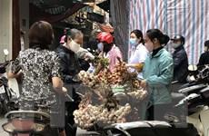 Nhiều chợ dân sinh tại Hà Nội vẫn chưa thực hiện tốt giãn cách xã hội