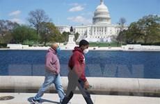 Mỹ có thể cần gia hạn giãn cách xã hội do dịch COVID-19 đến năm 2022