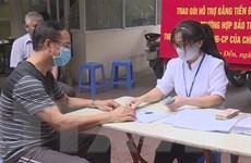 Người dân Hà Nội phấn khởi nhận hỗ trợ trong ngày đầu nghỉ lễ