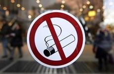 Hút thuốc lá làm tăng nguy cơ lan truyền COVID-19 trong cộng đồng