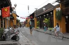 Khách quốc tế đến Việt Nam trong 5 tháng qua giảm gần 50% so cùng kỳ
