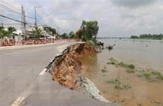 Đoàn công tác Trung ương khảo sát tình hình sạt lở tuyến Quốc lộ 91