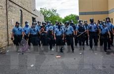 Tổng thống Mỹ cam kết đầu tư nhiều hơn cho đào tạo cảnh sát