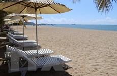 Khám phá vẻ đẹp tự nhiên của biển Bình Sơn-Ninh Chữ