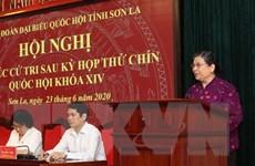 Phó Chủ tịch Quốc hội Tòng Thị Phóng tiếp xúc trực tuyến cử tri Sơn La