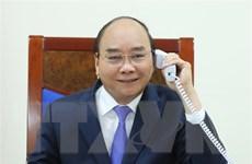 Thủ tướng Nguyễn Xuân Phúc điện đàm với Thủ tướng Malaysia