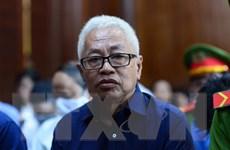 Những tình tiết 'gay cấn' trong phiên tòa xét xử liên quan đến DAB