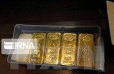 Giá vàng thế giới tiến sát mức cao nhất trong gần 8 năm
