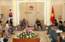 Thượng tướng Nguyễn Chí Vịnh tiếp Giám đốc KOICA tại Việt Nam