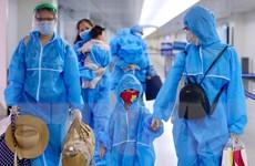 TP Hồ Chí Minh đón gần 300 du khách từ Đà Nẵng trở về