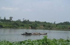 Chìm tàu chở cát trên sông Thạch Hãn khiến 1 người tử vong