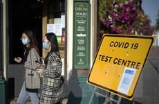 Số ca mắc mới tại Anh gần mức đỉnh điểm của đợt bùng phát đầu tiên