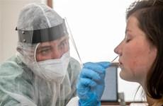 Nhiều nước siết chặt hạn chế phòng dịch COVID-19