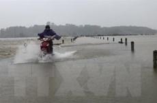 Hà Tĩnh: Nhiều tuyến đường ở Hương Khê bị sạt lở, 5 xã bị chia cắt