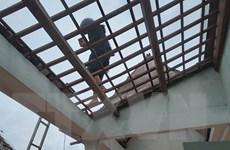 Quảng Nam: Gió lốc xoáy khiến hàng chục ngôi nhà bị tốc mái