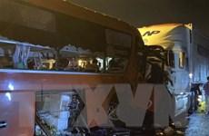 Đà Nẵng: Xe khách và xe đầu kéo đâm nhau khiến 2 người tử vong