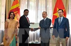 ĐSQ Sri Lanka hỗ trợ người dân miền Trung khắc phục hậu quả lũ lụt