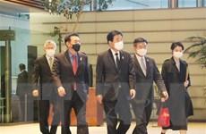 Một nhóm nghị sỹ Hàn Quốc gặp Thủ tướng Nhật Bản Suga Yohishide