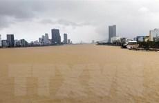 Đà Nẵng: Nước sông Hàn tràn mặt đường, hư hỏng 800m vỉa hè