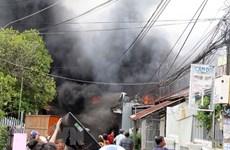 An Giang: Hỏa hoạn thiêu rụi 7 căn nhà ở thành phố Châu Đốc