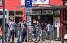 ECB: Eurozone không nên đột ngột dừng các biện pháp cứu trợ