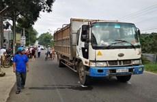 Bà Rịa-Vũng Tàu: Va chạm với xe tải, hai học sinh tử vong tại chỗ