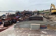 Kỳ họp thứ 18 HĐND Hà Nội: Vấn đề 'cát tặc' làm nóng nghị trường