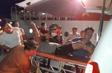 Kiên Giang: Cứu kịp thời 4 thuyền viên bị ngạt khí dưới hầm cá