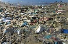 Giảm thiểu rác thải nhựa trên biển: Để biển Việt Nam trong lành