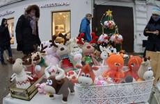 Người dân nô nức tới phiên chợ Năm mới ở vùng quê Nga