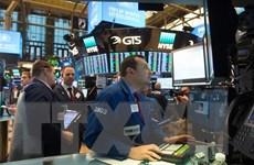 Chỉ số công nghiệp Dow Jones lần đầu tiên vượt mức 31.000 điểm