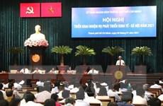 TP.HCM: Nỗ lực duy trì tăng tưởng kinh tế, tổ chức chính quyền đô thị