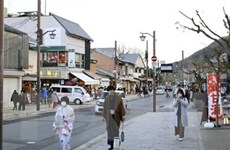 Nhật Bản cân nhắc áp đặt tình trạng khẩn cấp thêm nhiều tỉnh