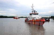 Nỗ lực tìm kiếm 7 ngư dân bị nạn trên vùng biển Côn Đảo