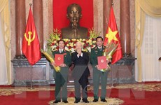 Trao Quyết định thăng quân hàm cho hai Thứ trưởng Bộ Quốc phòng