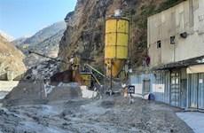 Vỡ sông băng ở Ấn Độ: Tìm thấy 28 thi thể, 178 người vẫn mất tích