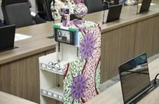 Nigeria phát triển robot chăm sóc bệnh nhân mắc COVID-19
