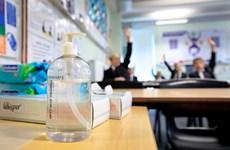 Anh hỗ trợ xét nghiệm nhanh cho học sinh phổ thông vùng England