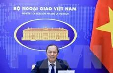 Thứ trưởng Nguyễn Quốc Dũng hội đàm với Quốc vụ khanh Ngoại giao Đức