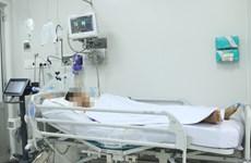 Ba người trong một gia đình cấp cứu nghi do ngộ độc pate chay