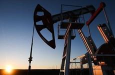 Giá dầu thế giới phiên 15/4 leo lên mức cao mới của bốn tuần