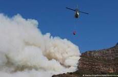 Nam Phi: Cháy dữ dội ở khu vực Núi Bàn gây nhiều thiệt hại
