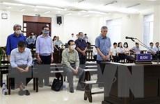Xét xử Vũ Huy Hoàng: Luật sư đề nghị xem xét lại tội danh cho 2 bị cáo