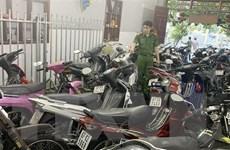 Phát hiện hàng trăm chiếc xe môtô không giấy tờ trong cơ sở cầm đồ