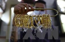 Giá vàng thị trường châu Á rời khỏi mức cao nhất trong hơn 2 tháng