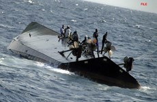 Nigeria: Tàu thủy vỡ làm đôi, 30 người thiệt mạng, 5 người mất tích