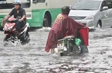 Thành phố Hồ Chí Minh: Mưa kéo dài, nhiều tuyến đường ngập sâu