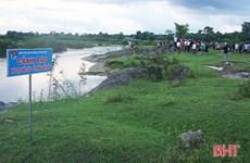 Hà Tĩnh: Rủ nhau tắm sông, 2 em nhỏ đuối nước thương tâm