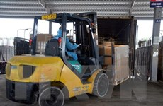 Hơn 1 triệu tấn hàng hóa xuất nhập khẩu qua cửa khẩu quốc tế Móng Cái